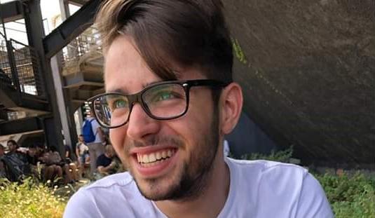 A 20 anni muore durante una partita di calcetto